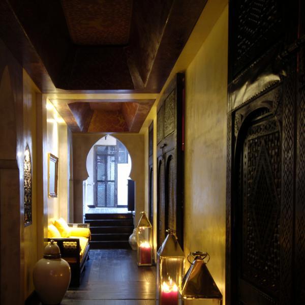 les cent ciels bains hammam paris. Black Bedroom Furniture Sets. Home Design Ideas